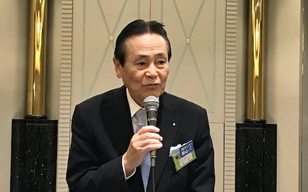 全石連の森会長は「再投資可能な業界を目指していく」と強調した(14日、千葉市)