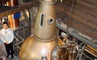 高岡銅器の技術を使った蒸留器を導入し、生産を倍増させる(富山県砺波市の若鶴酒造)