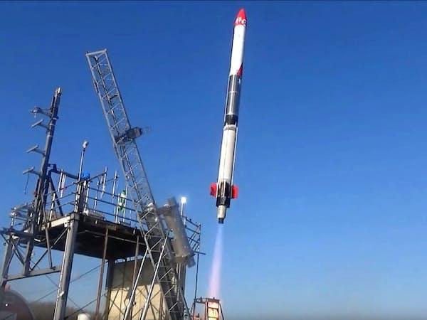 民間企業として初めて宇宙空間に達したロケットに高知工科大の小型センサーが搭載された(IST提供)