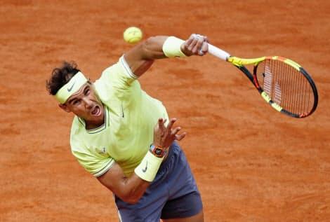 ナダルは全仏テニスで今年も無敵。男子シングルスで3年連続12度目の優勝を果たした=共同