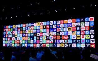 アップルは開発者向け会議で多数のアプリが用意されていることについて、開発者の協力に感謝した
