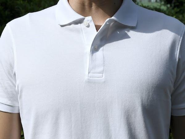 夏の仕事着としてポロシャツを着る男性も少なくない