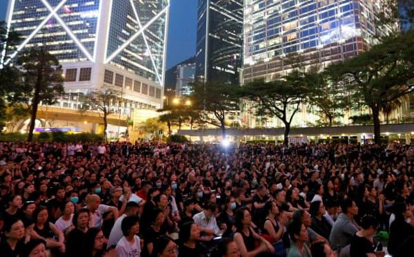 香港では「逃亡犯条例」改正案への抗議が続いている(14日)=ロイター