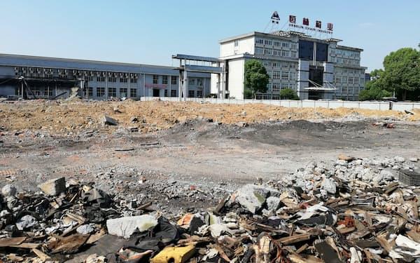 恒林椅業の工場。生産ラインの一部撤去に踏み切ったとみられる。