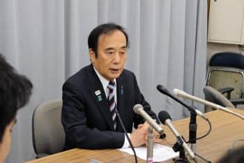上田知事は知事選への不出馬を正式に表明した(15日午後、埼玉県庁)