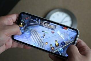 スマートフォンの普及でゲームの愛好者が増えている