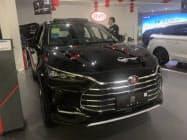 中国政府のエコカー補助金減少により、最大手である比亜迪(BYD)などの販売が落ち込む可能性がある(広東省広州市の販売店)