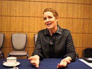 米マイクロソフトのクラウド事業を担当するジュリア・ホワイト副社長