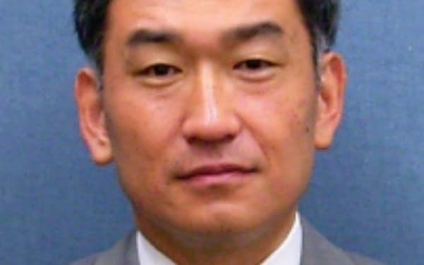 武内良樹氏