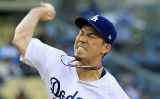 ジャイアンツ戦に先発したドジャース・前田(17日、ロサンゼルス)=共同