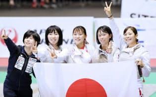 フェンシング、女子フルーレで日本V アジア選手権