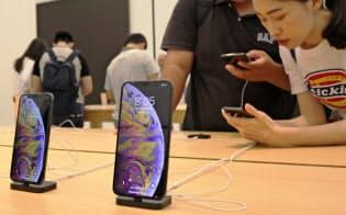 iPhoneのほぼ全量が中国で生産されてきた(18年10月、台北市内)