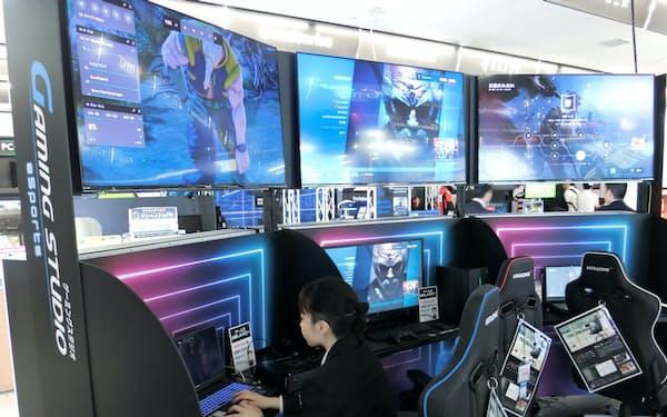 eスポーツを体験し、パソコンやマウスの使用感を確認できる