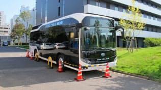 燃料電池バスなどを活用し、移動の利便性を高める「MaaS」の早期実現を目指す(茨城県つくば市)