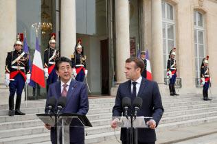 日仏首脳は4月にも日産・ルノーについて話し合った=ロイター