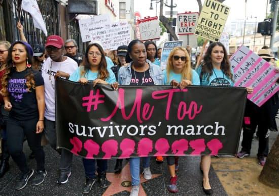 世界各地で性的被害を告発する「#Me Too」運動が広がっている(米ロサンゼルス)=AP