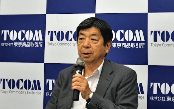 浜田隆道社長は上場商品を増やしたが収益改善に至らない(5月24日、東京・中央)