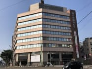 現在の福井県繊協ビル。建て替え後にビジネスホテルもできる(福井市)