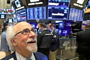 米S&P株価指数が最高値 米利下げ期待で