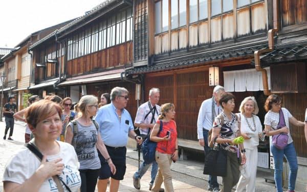 金沢市を訪れた外国人観光客