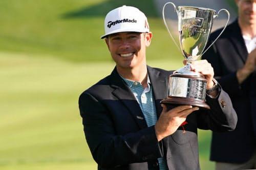 米男子ゴルフのトラベラーズ選手権で優勝したチェズ・リービー(23日)=USA TODAY