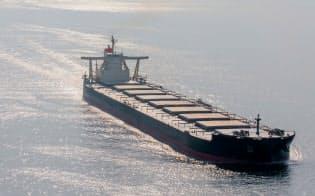 海運会社は適合油の確保を進める