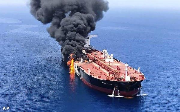 米国はホルムズ海峡での民間船舶防護に向けた有志連合を呼び掛けている=AP