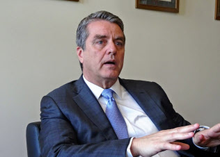 WTOのアゼベド事務局長は貿易摩擦の長期化に懸念を示す(4日、ジュネーブ)