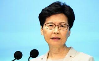 エリート官僚の林鄭月娥行政長官は市民の間に鬱積していた怒りに気付いていないようだった=共同