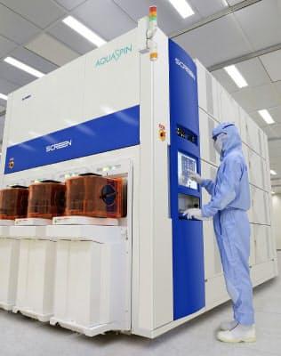 生産効率の向上と利益率の改善が課題(SCREENの主力の枚葉式洗浄装置)