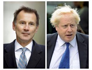 7月24日にジョンソン前外相(右)か、ハント外相が新首相に就任する見通しだ=AP