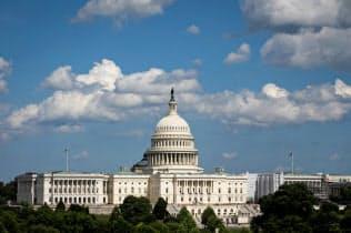 米政府債務は雪だるま式に膨らむ=ロイター