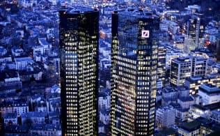 ドイツ銀行は収益改善が急務になっている(フランクフルトの同銀ビル)=AP