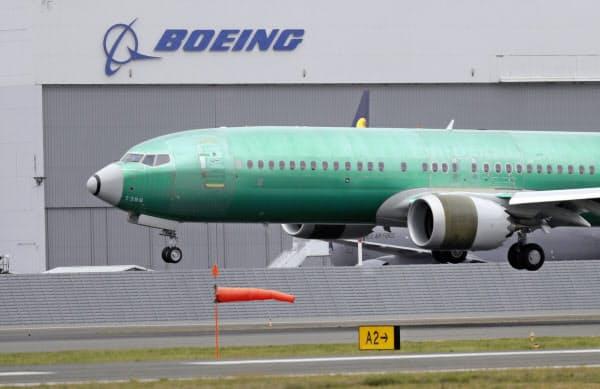 米航空当局はボーイング「737MAX」に「潜在的なリスクが発覚した」と発表した=AP