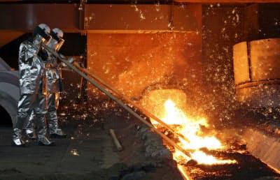 高炉を一度止めれば再開には3~6カ月はかかる(忠清南道唐津市にある現代製鉄唐津製鉄所の高炉)