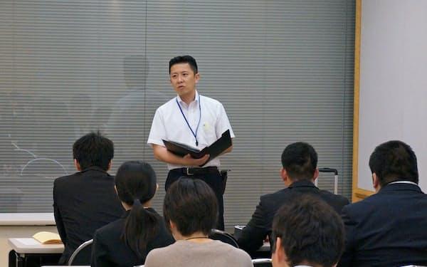 福井県は20年春の新卒採用で、初めて情報科の専門教員を採用する