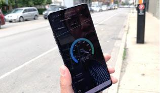 米シカゴ市で始まったベライゾン?ワイヤレスのサービスを体験してきた。性能は1秒当たり933.8メガビット?#21462;?#36890;信環境がよければ高速であることが証明された