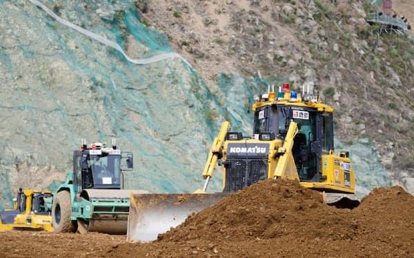 自動化重機が使用された小石原川ダムの建設工事現場(福岡県朝倉市)