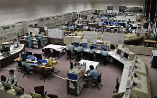 再処理工場の中央制御室