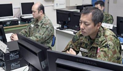 自衛隊はサイバー防衛の人材育成に力を入れている(神奈川県横須賀市の陸上自衛隊通信学校)