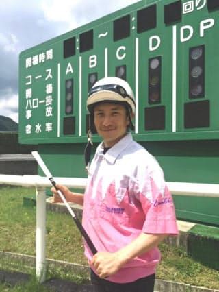 5月18日に通算100勝を達成した難波剛健騎手