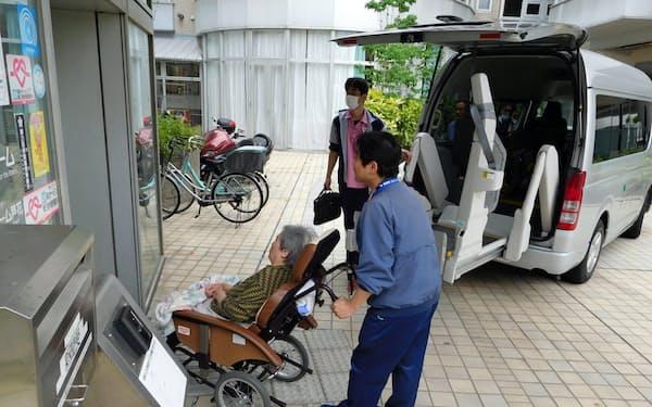 特別養護老人ホーム「芦花ホーム」は他の施設で一時的に過ごした入居者が順次戻っている(東京都世田谷区)
