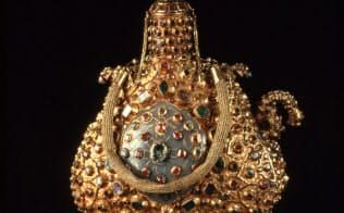 「儀式用宝飾水筒」(16世紀後半、トプカプ宮殿博物館蔵)