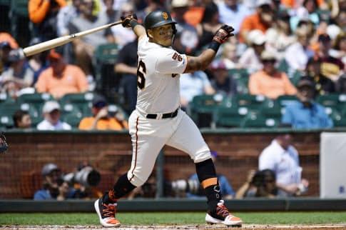 阪神が新外国人選手として獲得を内定したソラルテ内野手(ジャイアンツ時)=ゲッティ共同