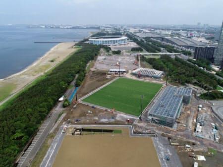 工事の進む「夢フィールド」。日本代表の強化のノウハウや知見がここに集結する(6月現在、日本サッカー協会提供)