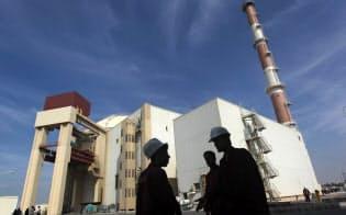 イラン南部のブシェール原子力発電所=ロイター