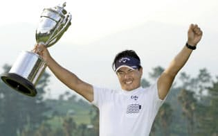 ゴルフ石川、復活の勝利