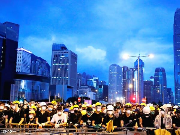 香港の居住用不動産価格は高騰を続けている=ロイター