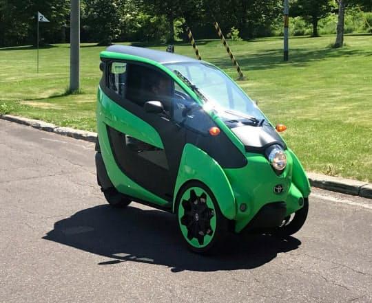 ウィラーは移動に便利なトヨタの超小型EVのレンタルを始めた(8日、北海道清里町)