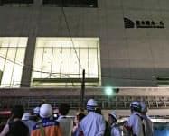火災の起きた建設中の大型複合施設(9日未明、熊本市中央区)=共同